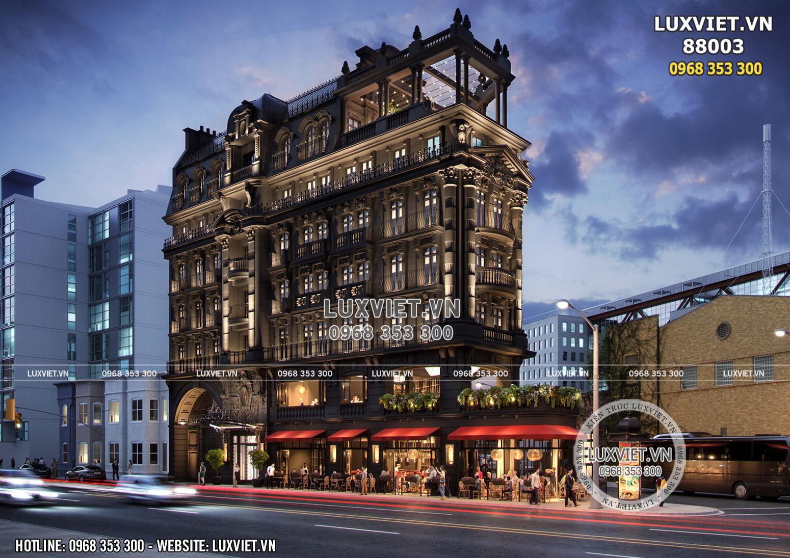 Mẫu thiết kế khách sạn 8 tầng lộng lẫy về đêm