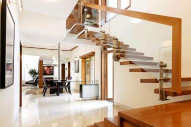 Hình ảnh: Những lỗi thiết kế phong thủy cầu thang khiến bạn bị hao tài tốn của